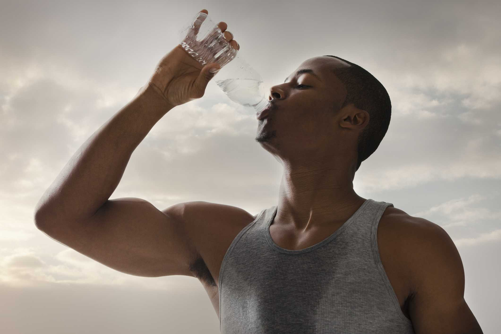 Exactly how much water you should drink to lose weight