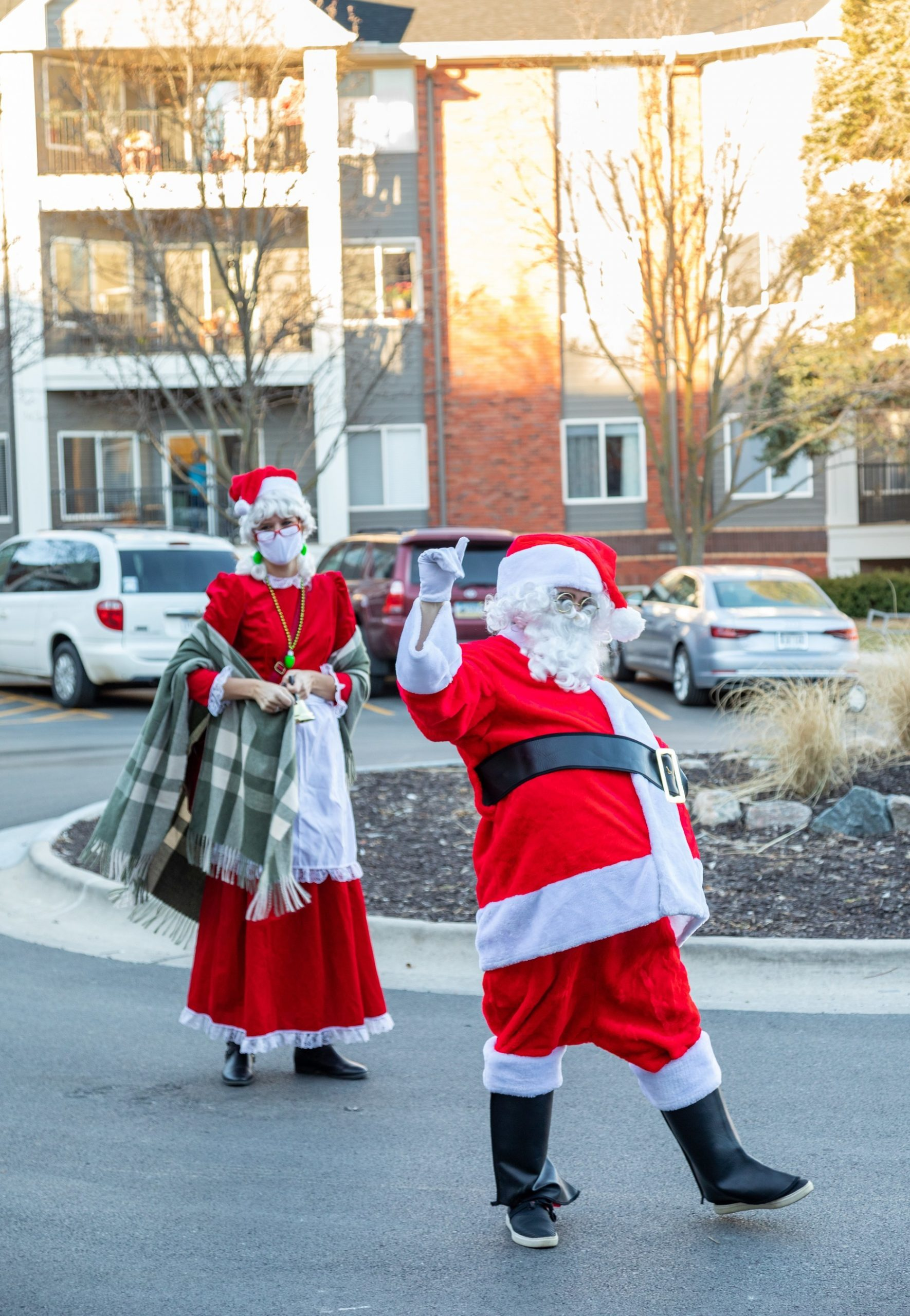 Holiday Parades, Safe Connection and Help with Zoom–Immanuel Communities are Putting Senior Residents First This Season