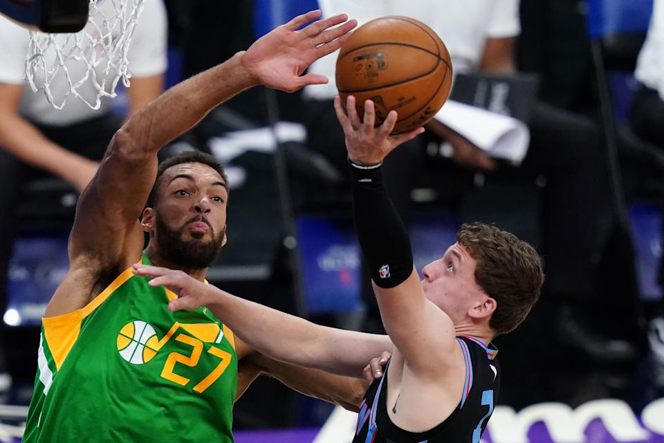 SACRAMENTO, CALIFORNIA - MAY 16: Rudy Gobert #27 of the Utah Jazz blocks the shot by Kyle Guy #7 of the Sacramento Kings during the first quarter at Golden 1 Center on May 16, 2021 in Sacramento, California. NOTE TO USER: User expressly acknowledges and agrees that, by downloading and or using this photograph, User is consenting to the terms and conditions of the Getty Images License Agreement. (Photo by Ben Green/Getty Images)
