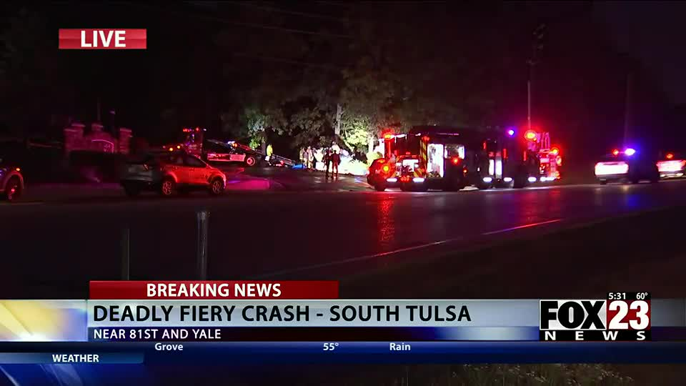 Two people killed in early morning car accident in south Tulsa  FOX23 News