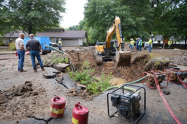 Fayetteville water service fully restored, city says