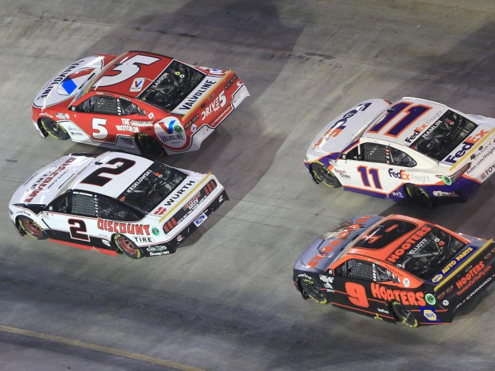 Larson leads the pack in Vegas playoff field