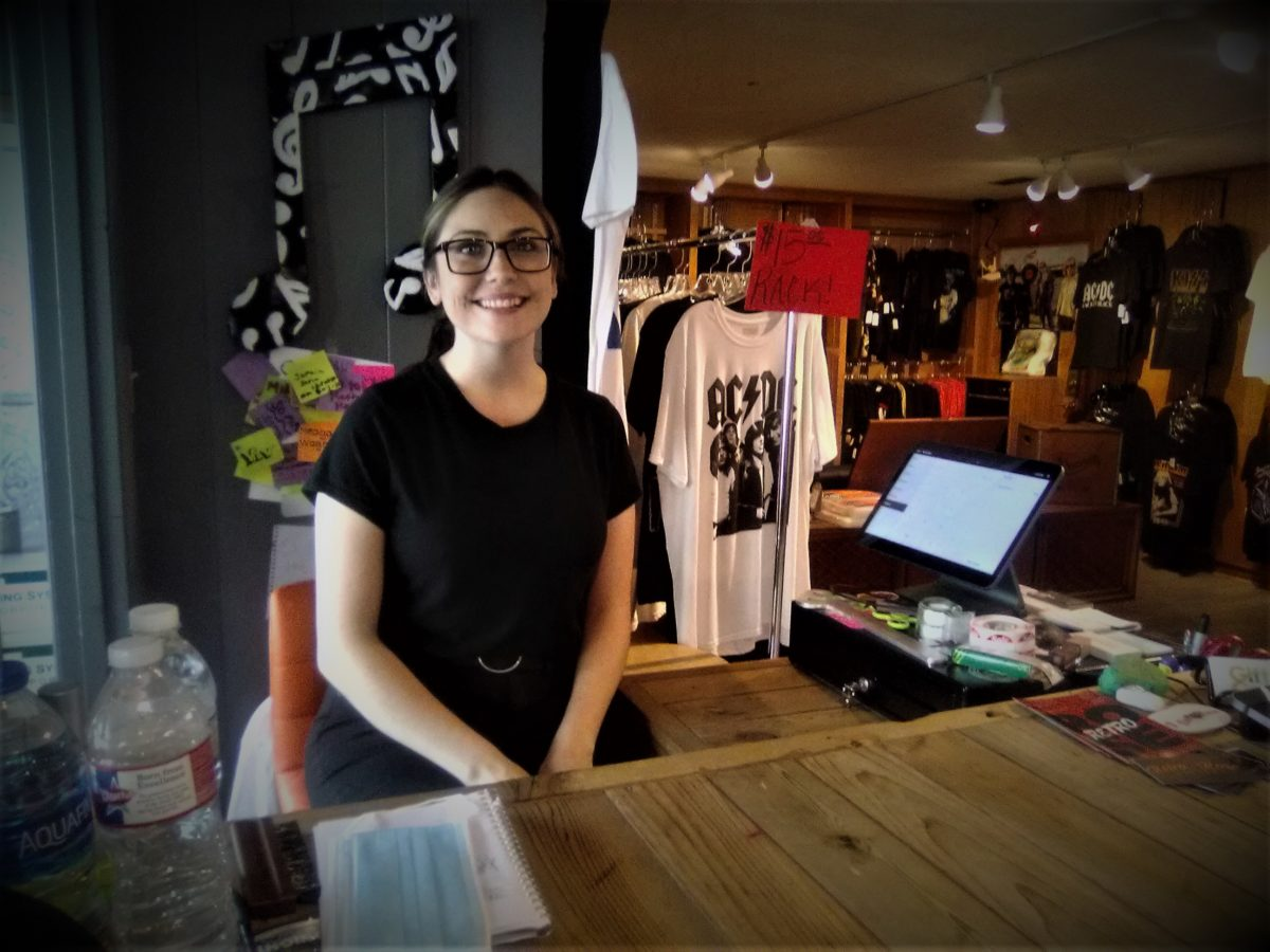 Go, go, Retro Rose: Record store in Benton sprung up during a pandemic surge