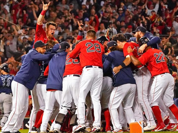 As Red Sox come home, fans have one job: Send them to another World Series